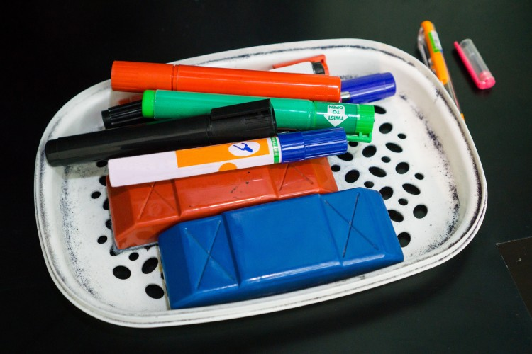 Everyday Science: How Do Dry Erase Markers Work?
